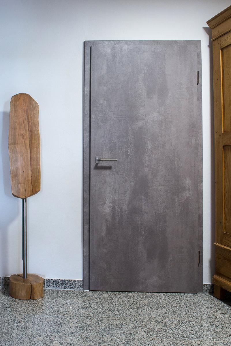 Duritop CPL Concrete Spezial Eckkante ohne Schlüssellochbohrung Rheine 01